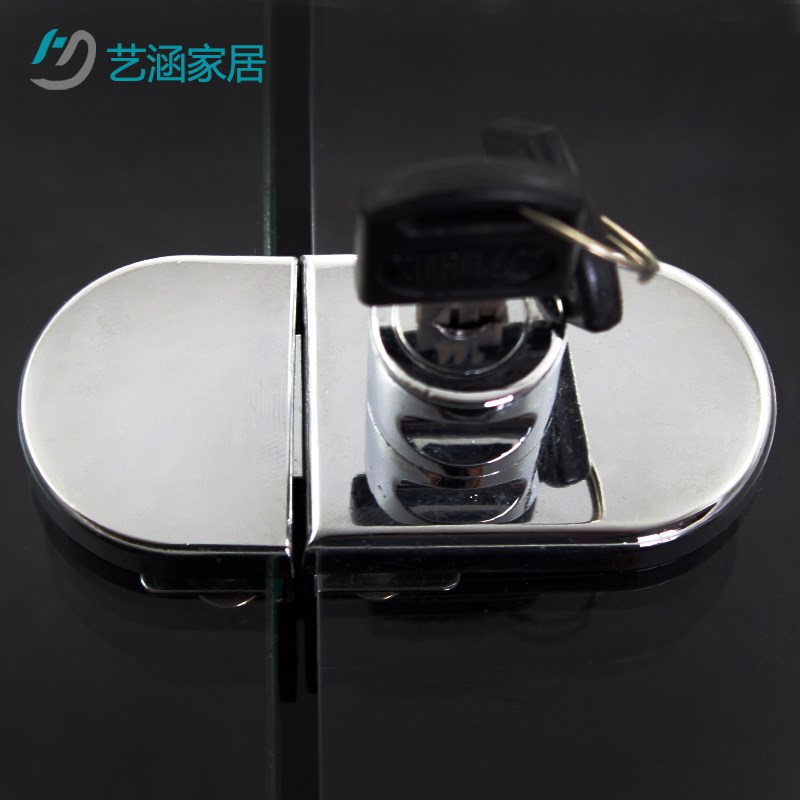 The glass window glass door cabinet cabinet door glass window lock door glass door boutique shopping mall