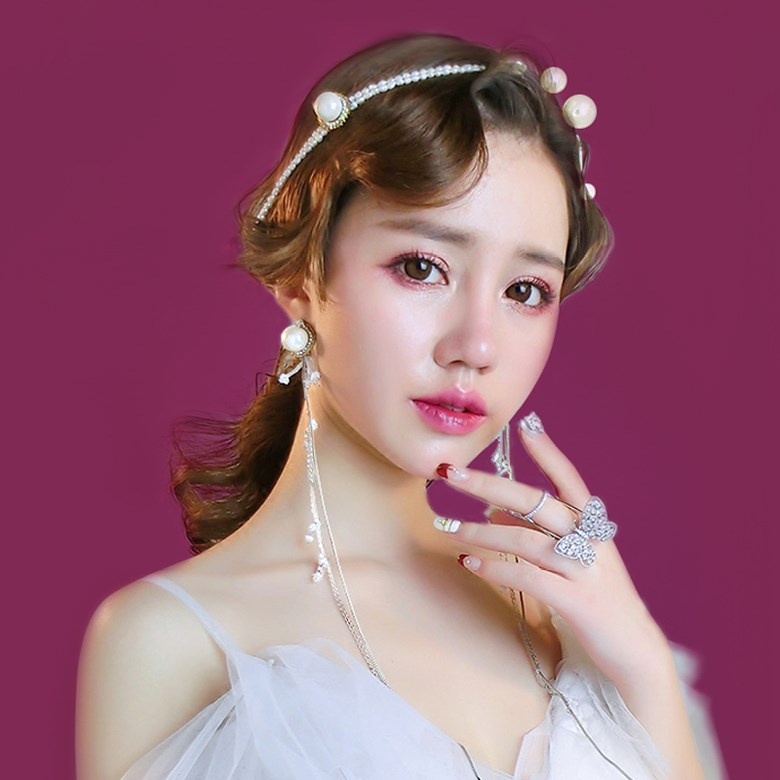 花嫁のティアラ日韓式淑女清新甘い影楼のパールリボンカチューシャ森ガール係のイヤリングスーツの髪飾り