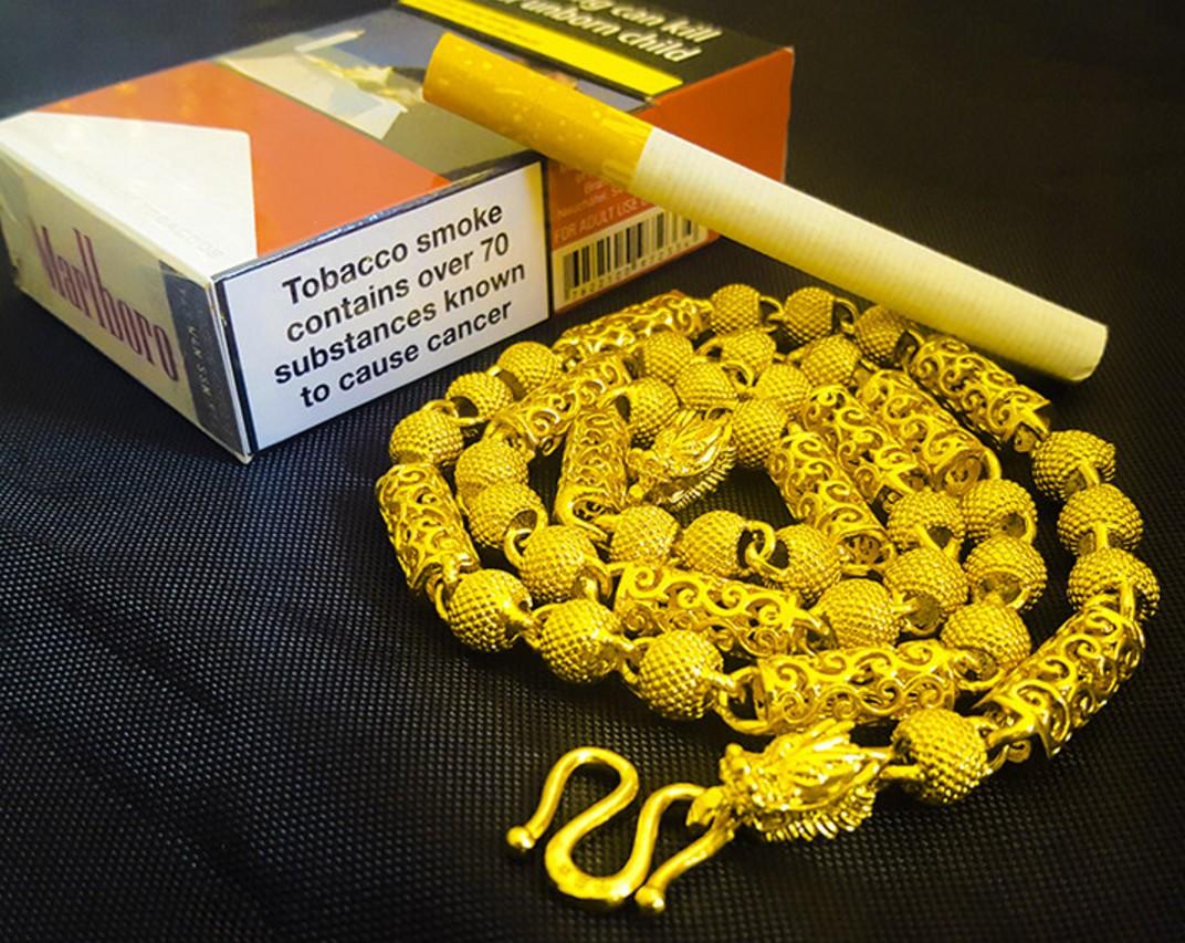 - un collier de faux collier en or Baqi Daikin chaîne petit grossier pas de décoloration de la personnalité or 24K de simulation du Viêt Nam