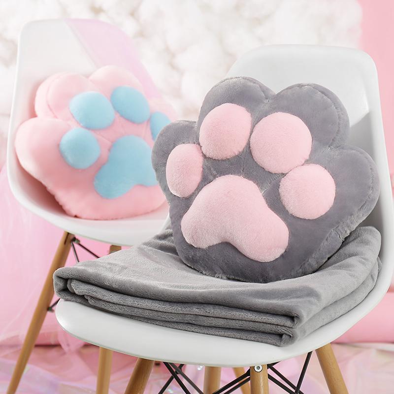 動物の抱き枕布団両用珊瑚絨昼寝枕腰クッションクッション自動車エアコン毛布三合れ