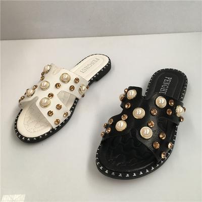 17夏新款韩版女鞋金属水钻一字型平底铆钉舒适休闲沙滩凉拖女拖鞋