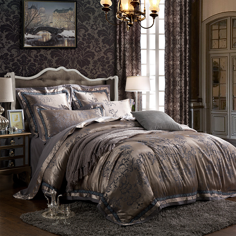 Four sets of Tencel jacquard satin European cotton 1.8m/2.0 80 meters double bedding embroidered quilt
