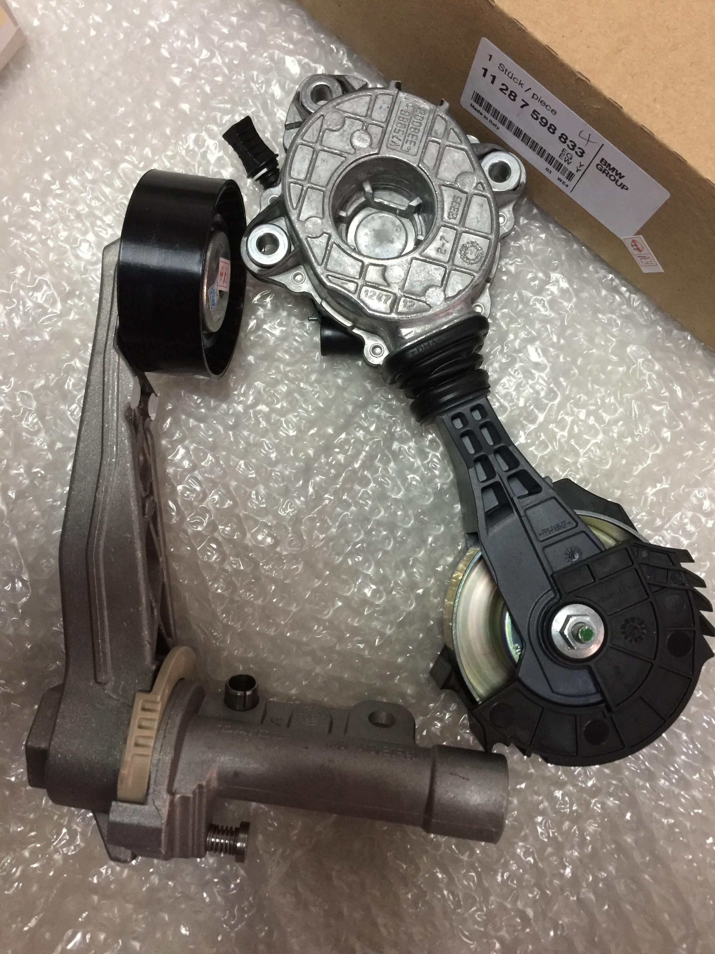 Η BMW μίνι γεννήτρια ζώνη R56R57R58R60 σφιχτά μετάβαση σε ανεκτά τροχό