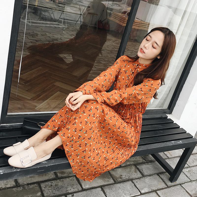 2017鼕新韓版圓領碎花長袖雪紡連衣裙女中長款套頭松緊高腰百褶裙
