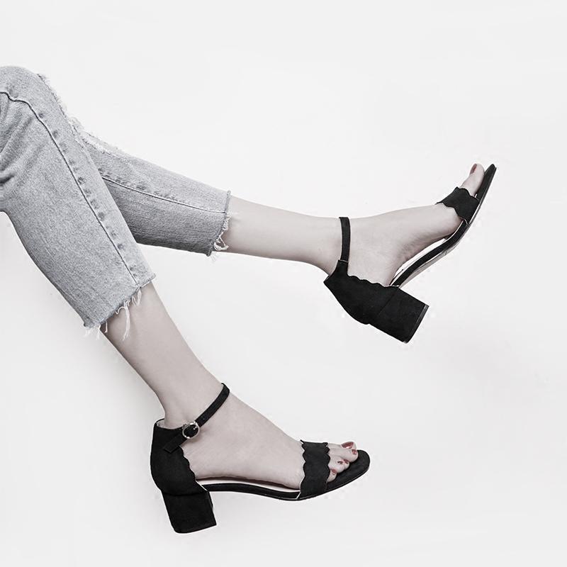韩版2017新款露趾绒面花边中空粗跟学生罗马凉鞋女