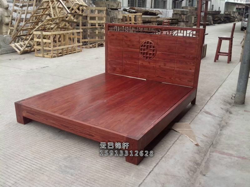 Solid wood double bed double bed simple modern large-sized apartment bedroom bedroom wooden Chinese elm wood bed
