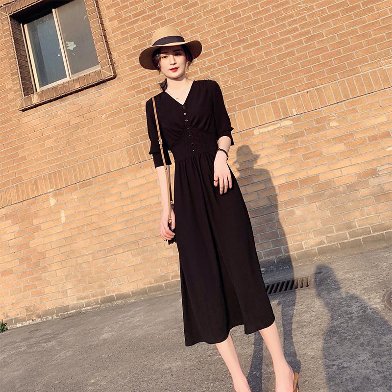 法式复古小众仙女裙春款新款黑色V领收腰显瘦气质长款连衣裙258#
