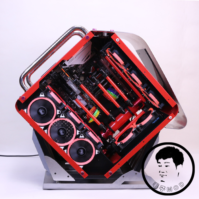 Playing COOLMAN animal beast water-cooled MOD glass chassis and a customized water cooling scheme for computer hard tube