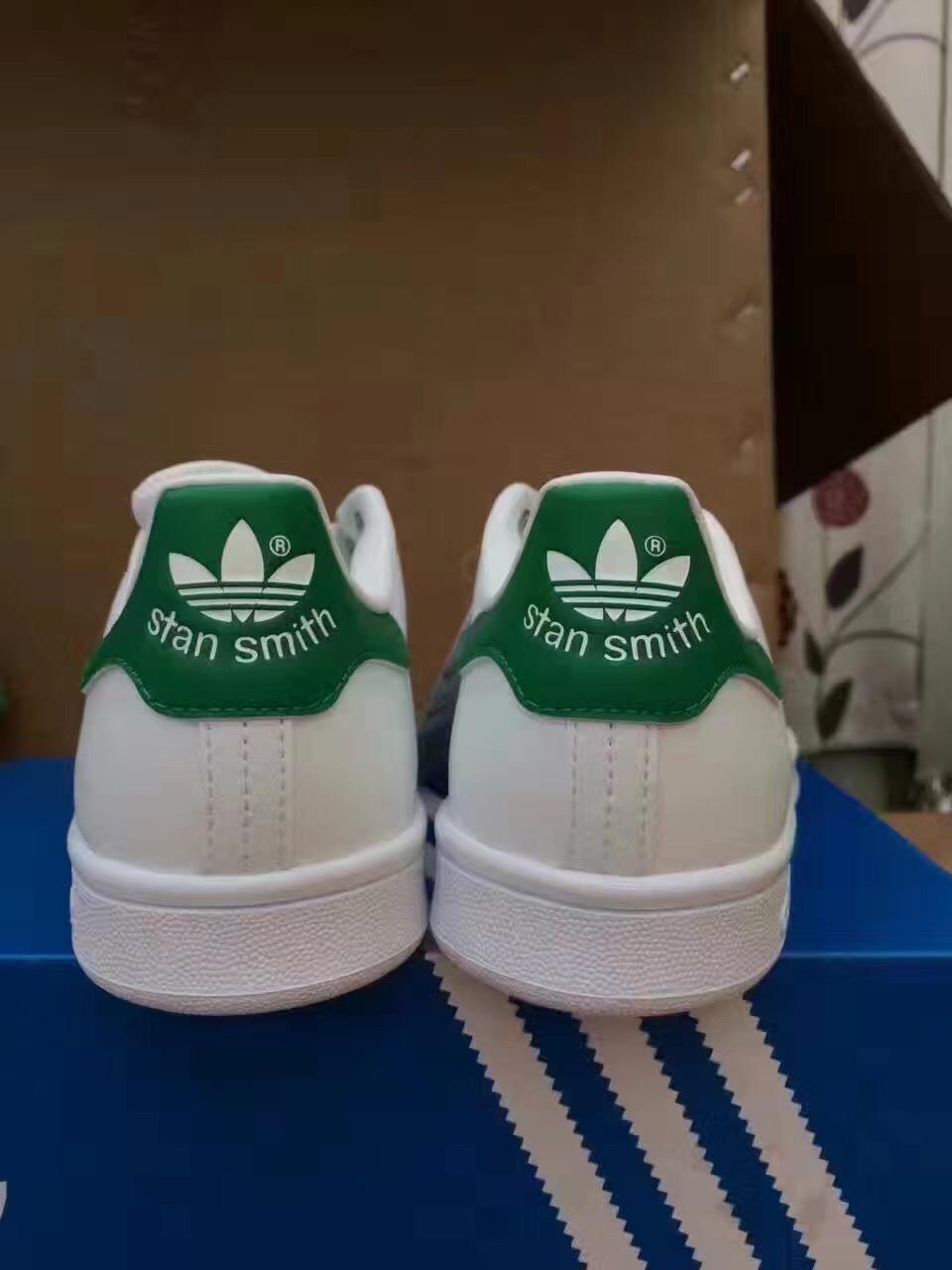 Vereinigtes königreich - Adidas STANSMITH Grüne schwanz Weiße schuhe M20605
