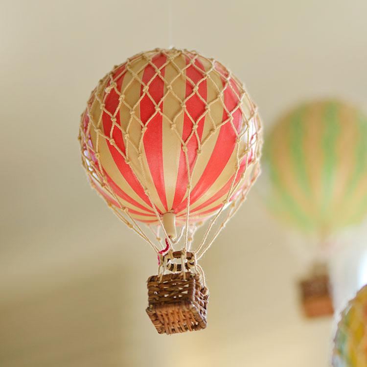 檸檬黃am荷蘭 復古客廳兒童房裝飾掛飾模型 空中的浪漫旅行熱氣球
