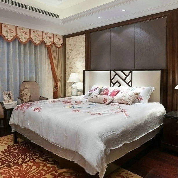 New Chinese style solid wood bed bedroom, 1.8 meter double bed, modern Chinese style simple bed hotel, club Furniture Customization