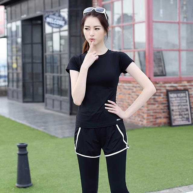 黑色短袖长裤两件套