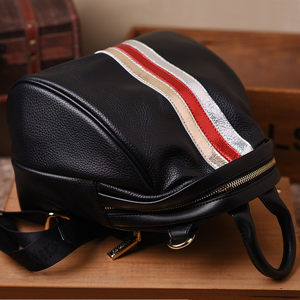 Korean version of the first 2017 new front cowhide stripes hit color shoulder bag female tide college wind leather casual lady backpack