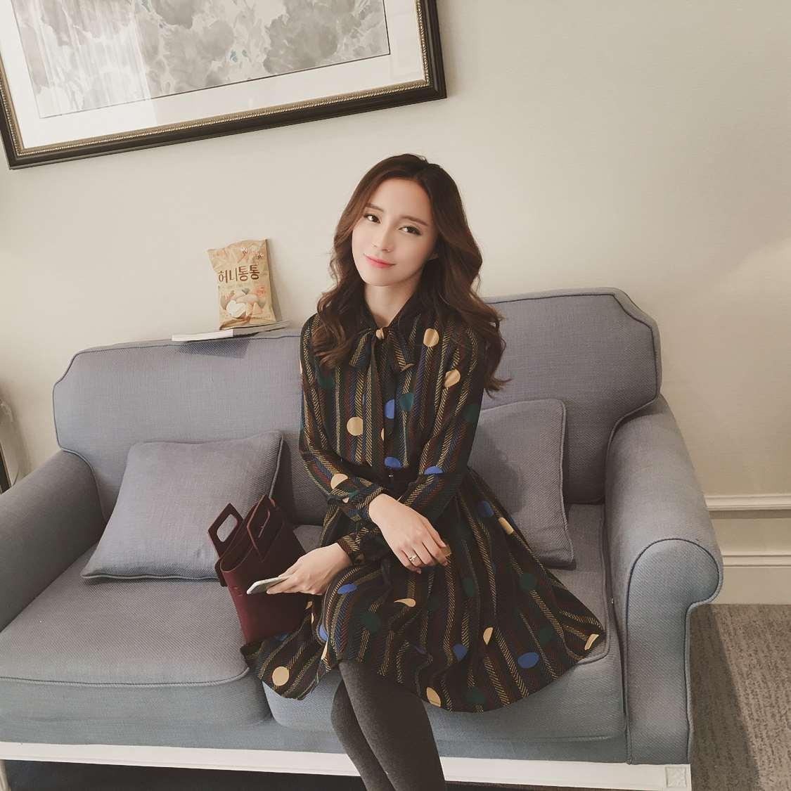 冬季加厚中长款女装打底衫新款雪纺系带韩版碎花长袖连衣裙8618#