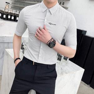 18年夏新款英伦风经典条纹衬衫男修身中袖衬衫发型师百搭寸衫