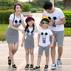 Cha mẹ cho con mùa hè 2019 2019 gia đình váy phù hợp với áo thun gia đình bên bờ biển tay áo ngắn gia đình ba mùa hè - Trang phục dành cho cha mẹ và con