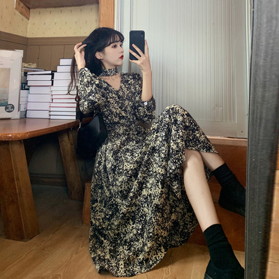 taobao agent Spring 2021 new French long-sleeved dress female spring skirt spring and autumn temperament was thin and high floral dress