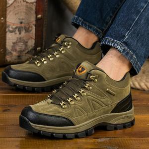 秋冬季户外登山鞋雪地靴加绒保暖男士马丁靴