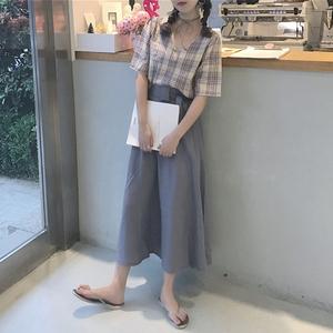 Mùa xuân và mùa hè Hàn Quốc phiên bản của gió mùa đông quăn kẻ sọc v- cổ tay áo áo sơ mi + eo cao giảm béo váy dài bộ