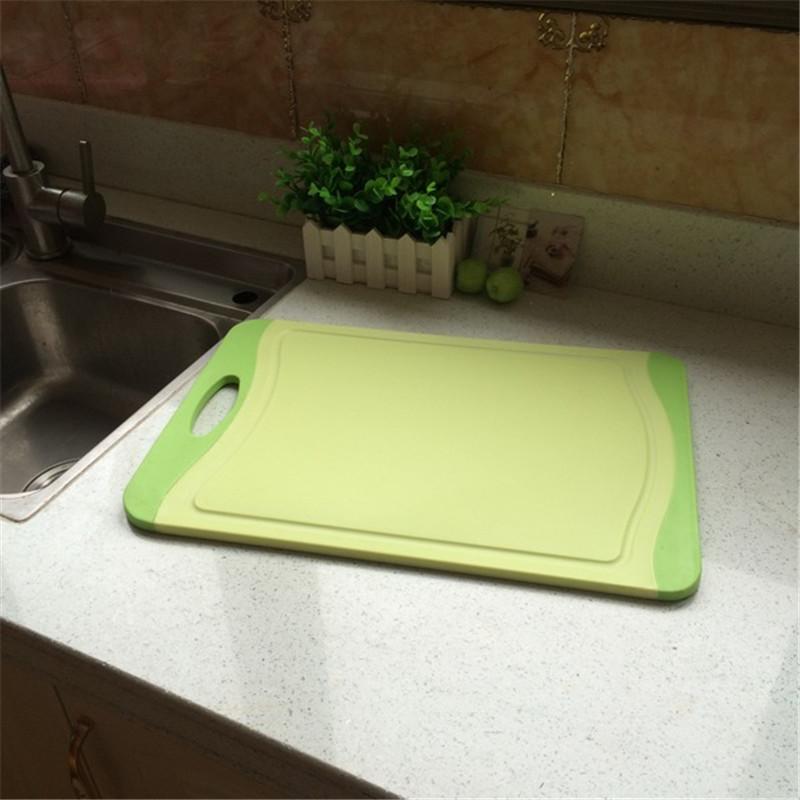 柚子熙厚塑料沾板环保切菜剁肉用砧板 出口钻板防滑抗菌水果案板