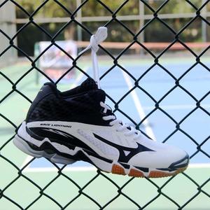 Mizuno bóng chuyền giày nam chuyên nghiệp cao giảm xóc mizuno giày cầu lông đào tạo giày không trượt giày thể thao trong nhà
