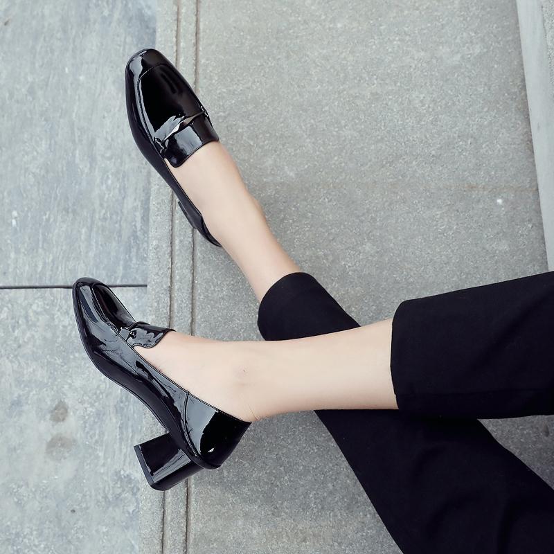 2019春季新款中跟单鞋女百搭英伦小皮鞋黑色工作鞋方头粗跟高跟鞋
