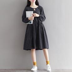 3818#(实拍)2018秋装新款文艺复古格子宽松V领长袖连衣裙