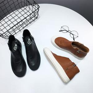 1.02kg đặc biệt mềm mại và thoải mái của phụ nữ giày 2018 mùa xuân mới da giày thường giày cao-top 657-1
