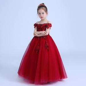 Công chúa váy cô gái fluffy sinh nhật cô gái từ vai váy con máy chủ hoa cô gái ăn mặc nữ màu đỏ