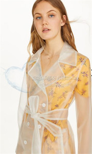 Châu âu đường phố Anh bắn đôi ngực ins frosted PVC trong suốt áo khoác áo gió TPU dài áo mưa không thấm nước 99 Châu Âu