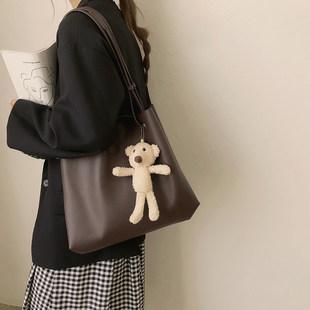 Случайный большой потенциал мешки женщина лето 2021 новый волна мода уход специальный пакет дикий студент на урок плечо сумка