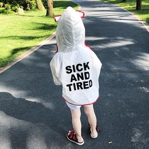 Trẻ em của quần áo chống nắng mùa hè bảo vệ UV bé thoáng khí áo khoác mỏng 2018 trẻ em mới của ngoài trời quần áo chống nắng