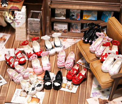 taobao agent Baby GUY bjd6 points shoes painting environment myou maid shoes gem ladies shoes six points Wei Ya doll high-heeled princess shoes