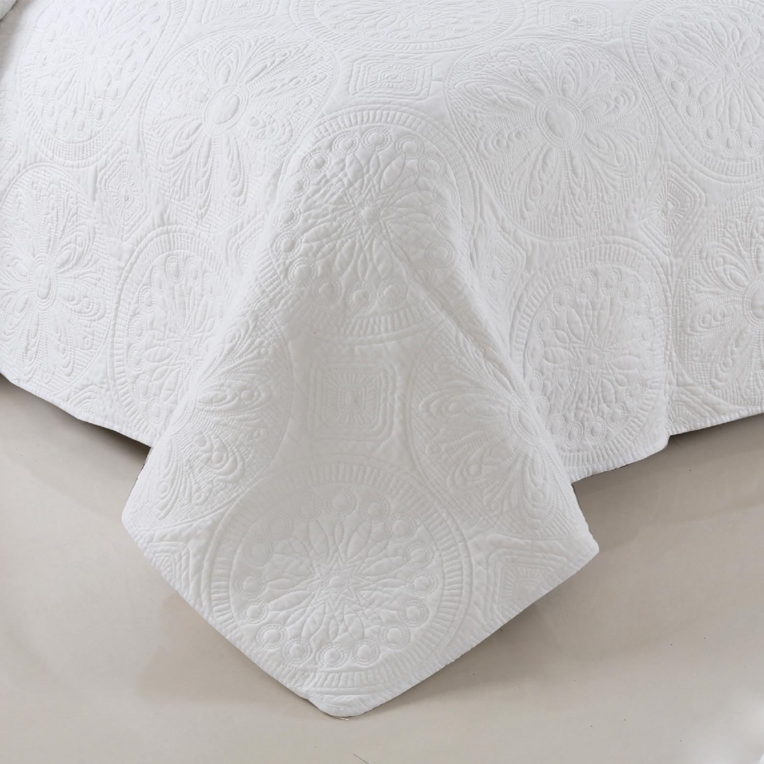 新款外贸简约素色绗缝被三件套欧美床盖式全棉绣花三件套