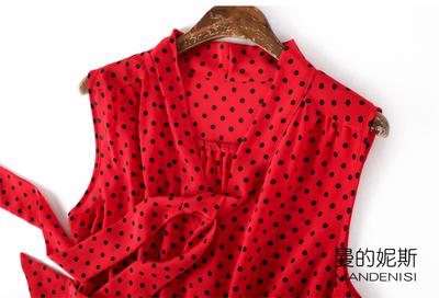 很正的红色波点印花桑蚕丝OL风飘带领蝴蝶结真丝双绉无袖上衣背心