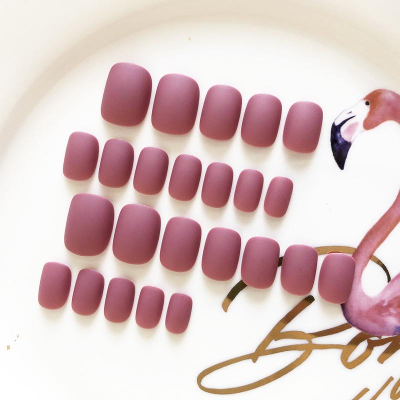 磨砂豆沙红短款假指甲贴片少女软妹持久防水韩国纯色美甲甲片成品