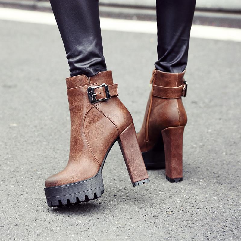 2017新款欧美超高跟短靴冬靴粗跟马丁靴圆头防水台女靴英伦风冬鞋