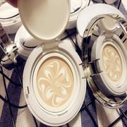 Đệm không khí nền tảng bột màu BB cream ánh sáng giữ ẩm nền tảng tự nhiên kem