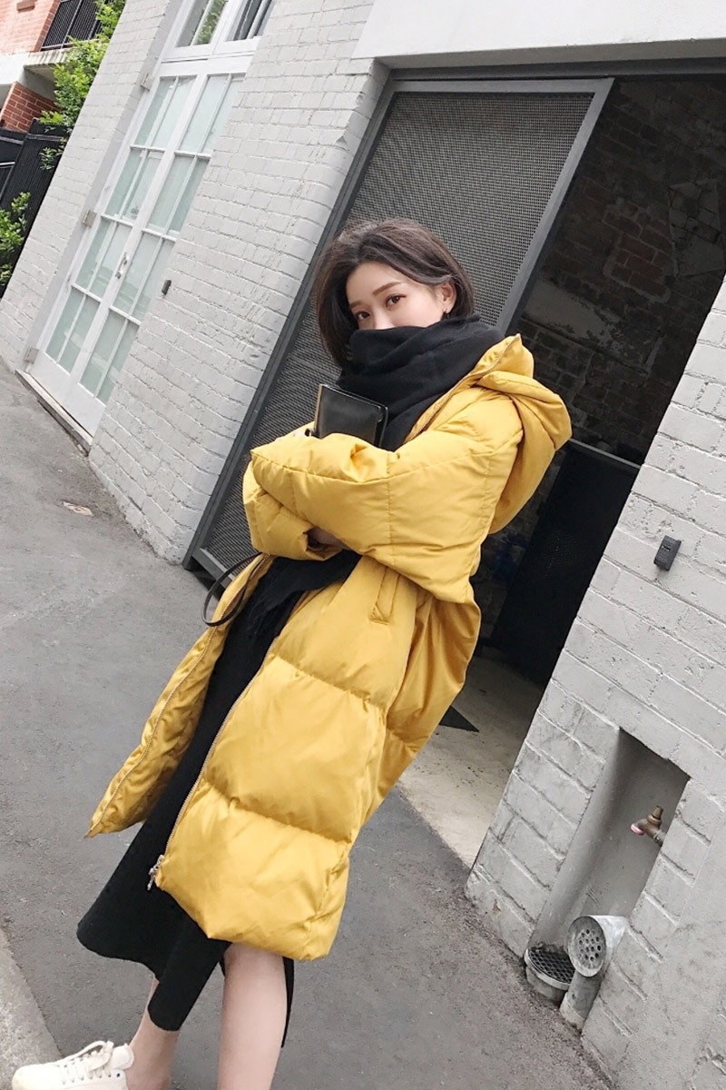 Xiaoyi tùy chỉnh YESWOMEN màu vàng tươi hợp thời trang dày trùm đầu coat coat nữ dài xuống áo khoác Xuống áo khoác