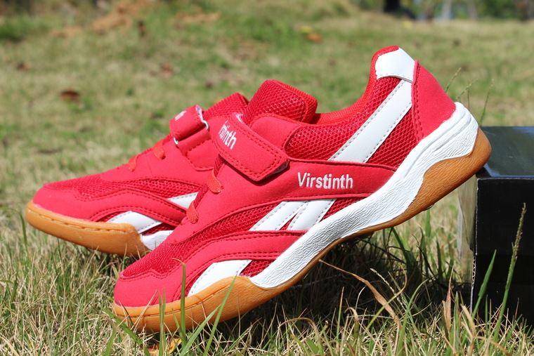 Mùa xuân và mùa hè chàng trai và cô gái mới trẻ em chuyên nghiệp giày bóng bàn giày nhỏ màu đỏ non-slip trẻ em thoáng khí đào tạo giày thể thao