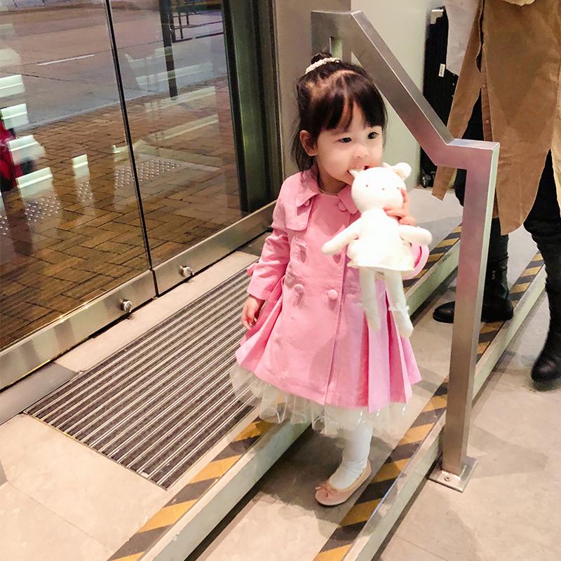 宝贝小象童装定制春季新款芭比粉百褶下摆薄款女宝宝风衣外套