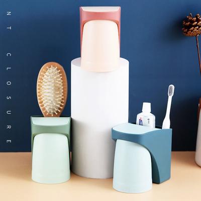免打孔牙刷架子置物架卫生间情侣简约吸壁挂式牙刷杯架漱口杯套装