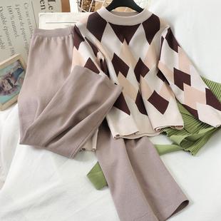 10428 установите женщина новый осенью и зимой западный стиль по возрасту брюки чистый красный стеганный сын вязание свитер брюки два рукава