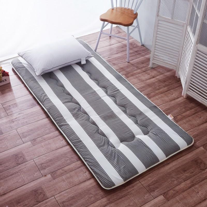 Anti-mite nệm 1.8 m giường dày kháng khuẩn gấp tatami 1.5 m1.2 m ký túc xá sinh viên 0.9 m giường nệm