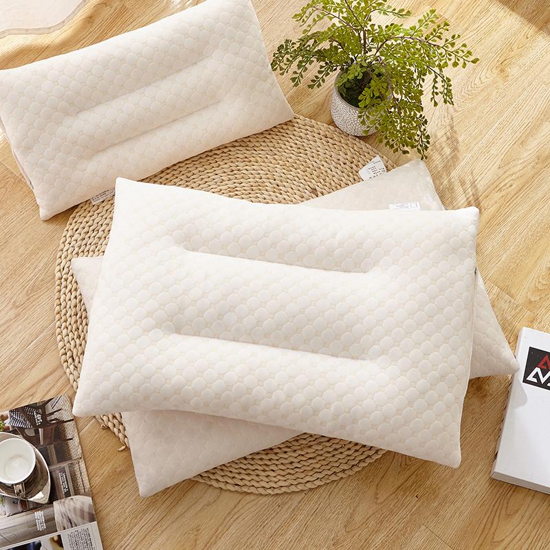 泰国乳胶枕头碎颗粒枕芯橡胶高回弹记忆枕成人学生颈椎护颈枕枕芯