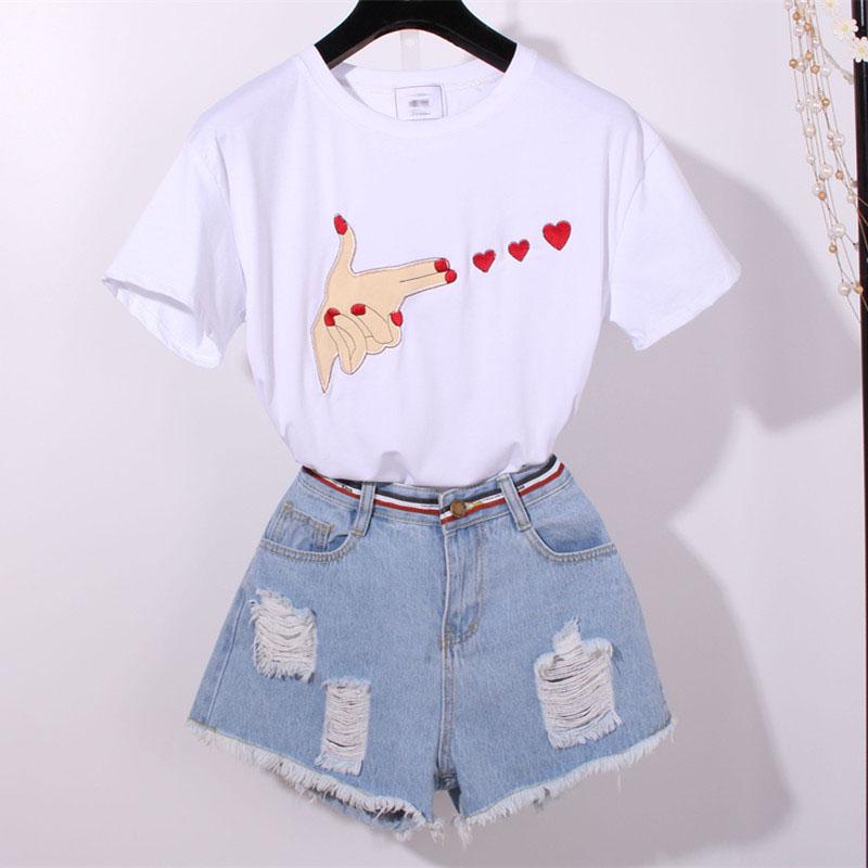 时尚爱心刺绣短袖牛仔短裤两件套