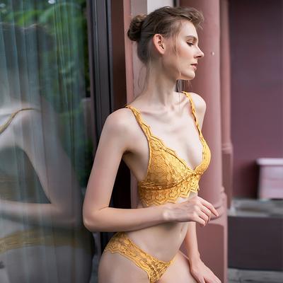 文胸无钢圈蕾丝性感三角杯胸罩背心式薄款秋季内衣内裤套装女性惑