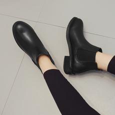 现货 2017秋冬新款 平底短靴 圆头平跟马丁靴及踝靴女
