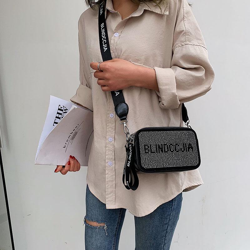 网红小黑包质感斜挎小包女包新款时尚相机包宽带潮单肩小方包