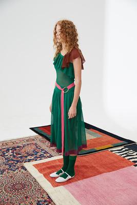 原创设计LOU DE NANNAN新款绿色波褶亮丝轻盈大摆连衣裙